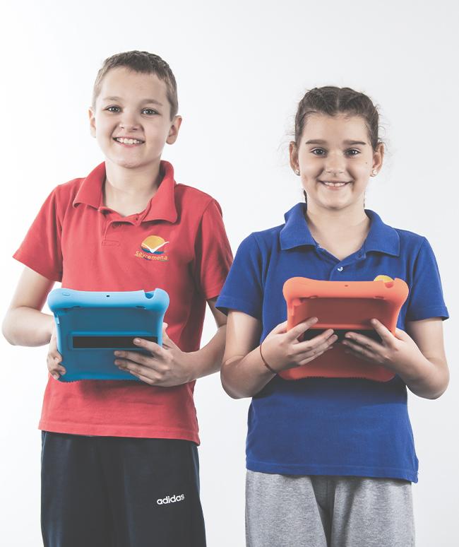 Naša-deca-odrastaju-i-obrazuju-se-uz-tehnologije!